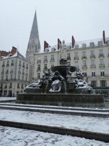 Place royale sous la neige